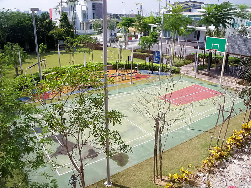 01-Badminton-Basketball-Court-at-MyDiva-Homes