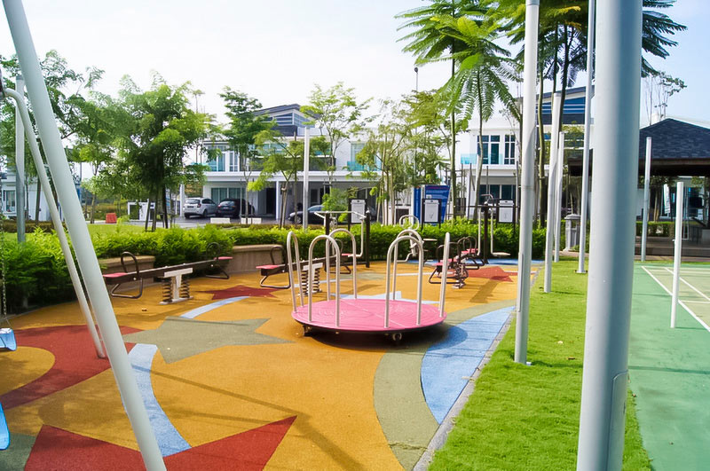 05-Playground-next-to-Badminton-court