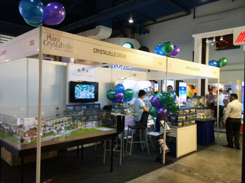 CrystalVille-Group-roadshow-at-Bumiputera-Property-Exhibition-2015